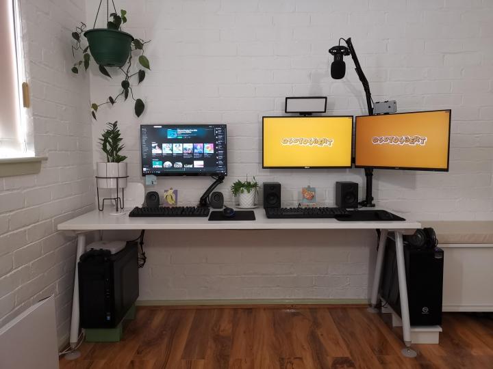 Show_Your_PC_Desk_Part205_66.jpg