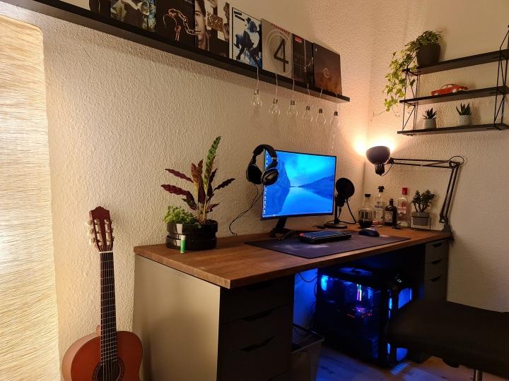 Show_Your_PC_Desk_Part205_83.jpg