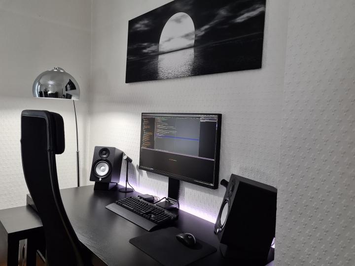 Show_Your_PC_Desk_Part205_88.jpg