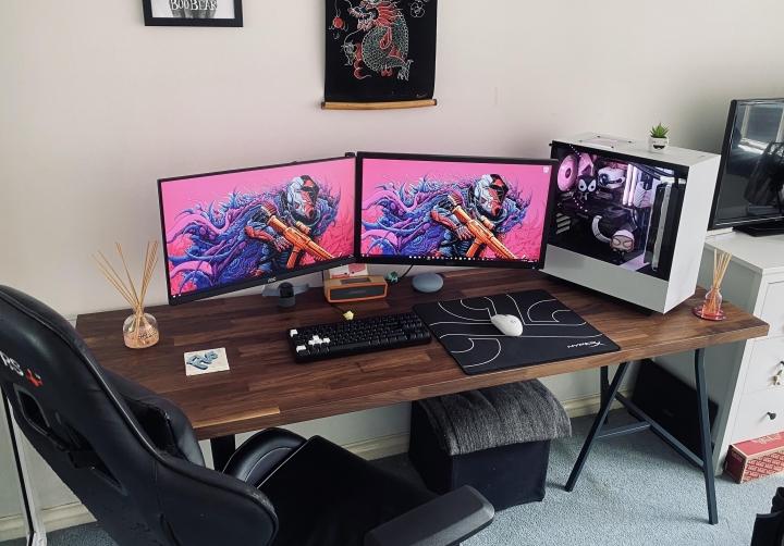 Show_Your_PC_Desk_Part205_93.jpg