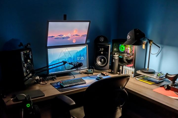 Show_Your_PC_Desk_Part205_97.jpg