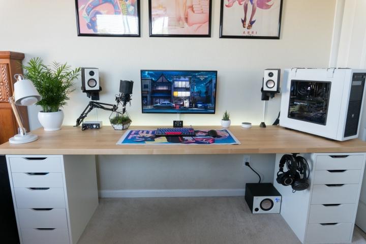 Show_Your_PC_Desk_Part206_100.jpg