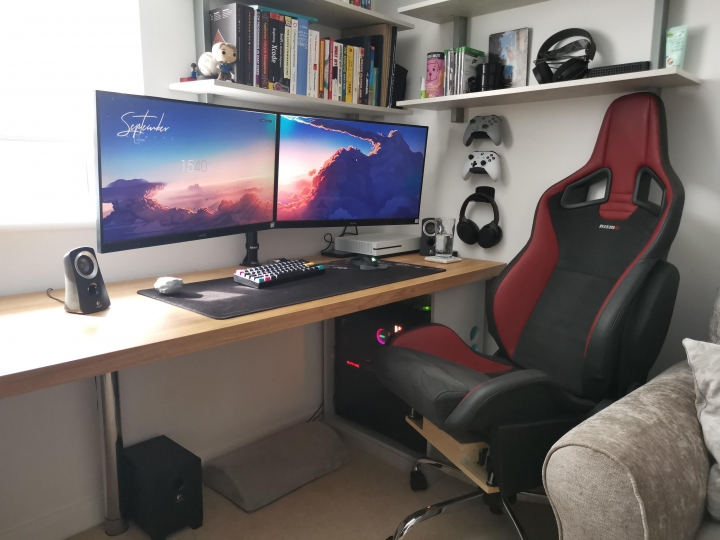 Show_Your_PC_Desk_Part206_29.jpg