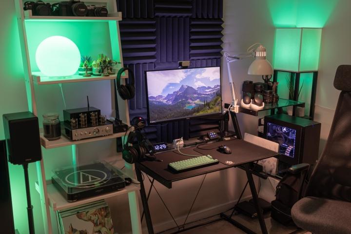 Show_Your_PC_Desk_Part206_30.jpg