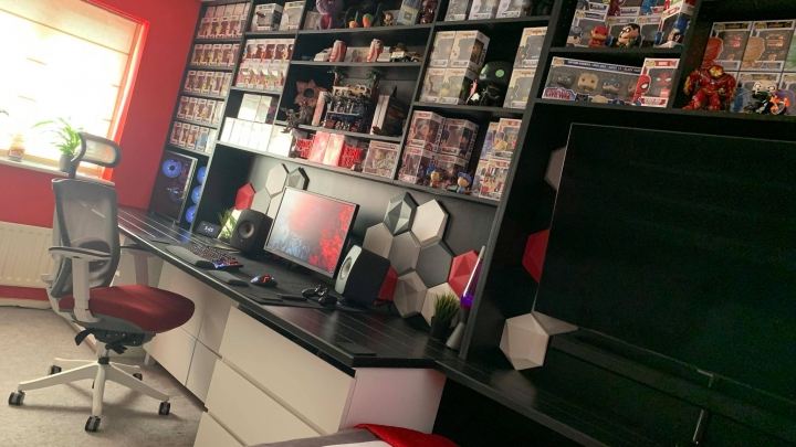 Show_Your_PC_Desk_Part206_32.jpg