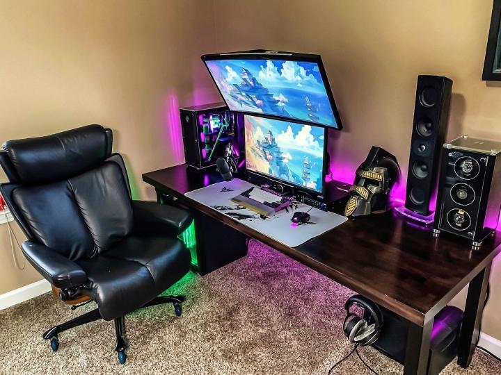 Show_Your_PC_Desk_Part206_34.jpg