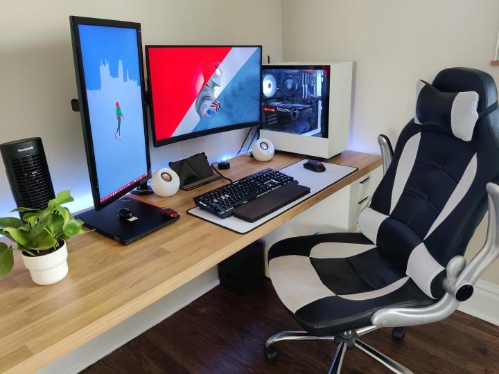 Show_Your_PC_Desk_Part206_47.jpg