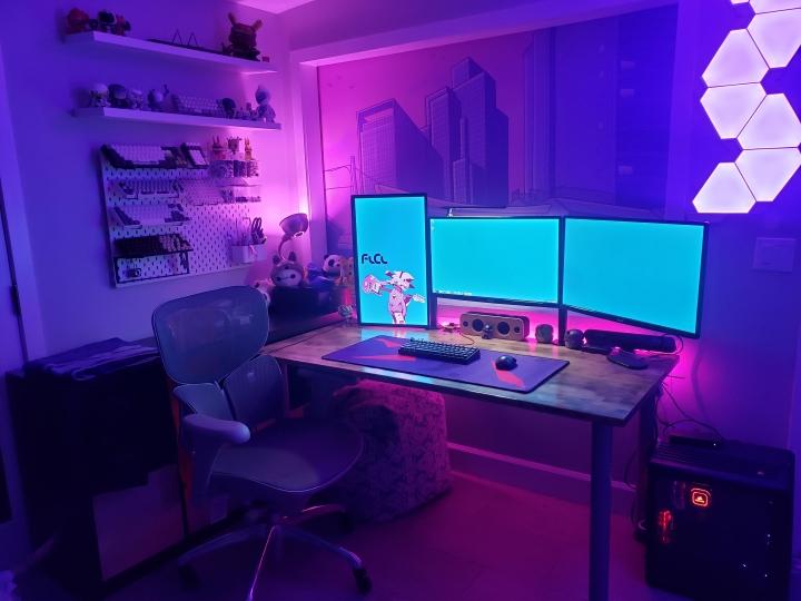 Show_Your_PC_Desk_Part206_64.jpg
