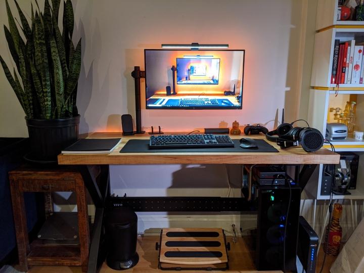 Show_Your_PC_Desk_Part206_74.jpg