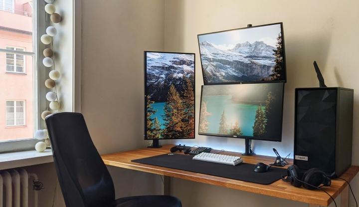 Show_Your_PC_Desk_Part206_77.jpg