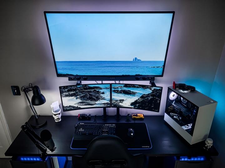 Show_Your_PC_Desk_Part206_87.jpg