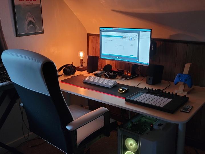 Show_Your_PC_Desk_Part206_93.jpg