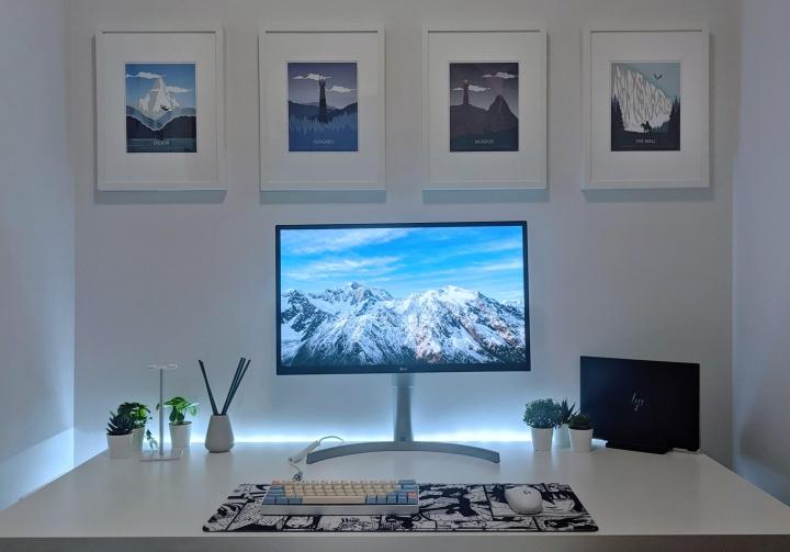 Show_Your_PC_Desk_Part207_02.jpg