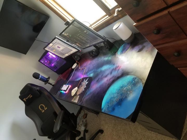 Show_Your_PC_Desk_Part207_07.jpg