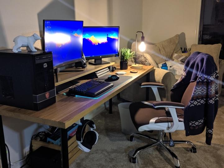 Show_Your_PC_Desk_Part207_08.jpg