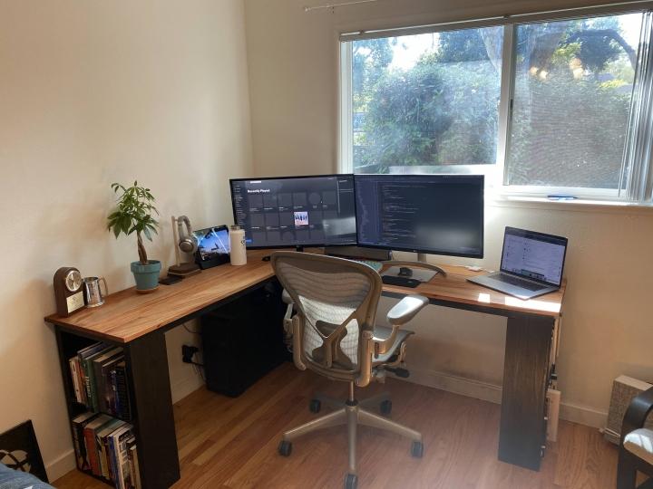 Show_Your_PC_Desk_Part207_23.jpg