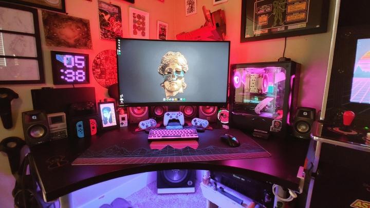 Show_Your_PC_Desk_Part207_40.jpg