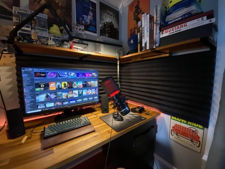 Show_Your_PC_Desk_Part207_49.jpg