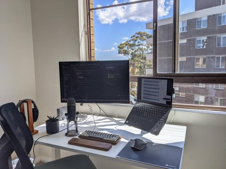 Show_Your_PC_Desk_Part207_51.jpg