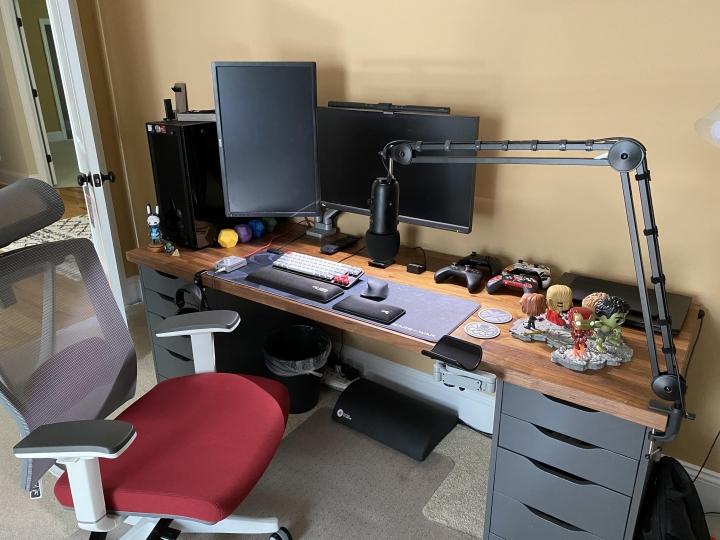 Show_Your_PC_Desk_Part207_64.jpg