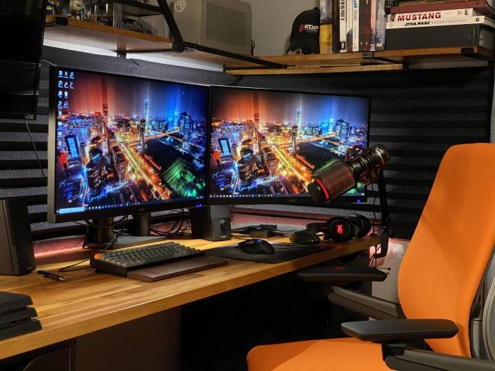 Show_Your_PC_Desk_Part207_70.jpg