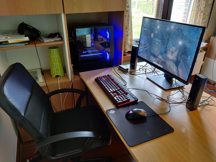 Show_Your_PC_Desk_Part207_72.jpg