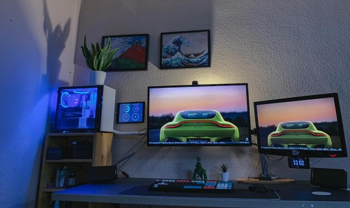 Show_Your_PC_Desk_Part207_77.jpg