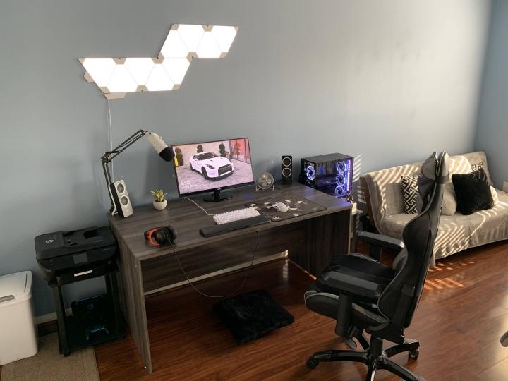 Show_Your_PC_Desk_Part207_83.jpg