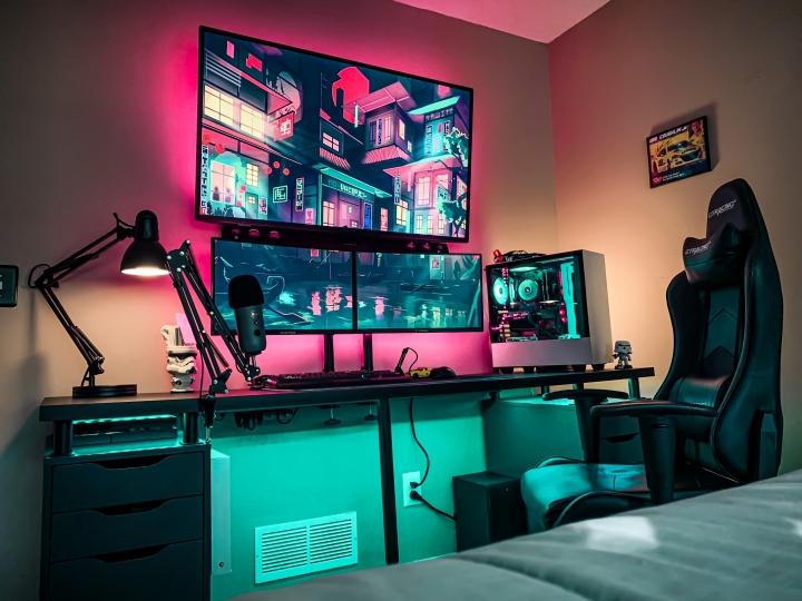 Show_Your_PC_Desk_Part207_85.jpg