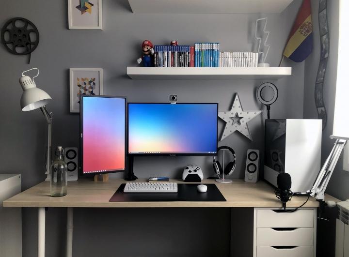 Show_Your_PC_Desk_Part207_86.jpg