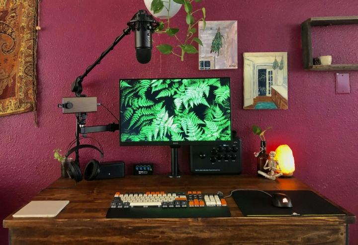 Show_Your_PC_Desk_Part207_87.jpg