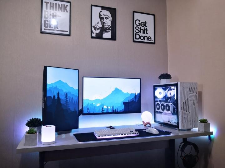 Show_Your_PC_Desk_Part207_92.jpg