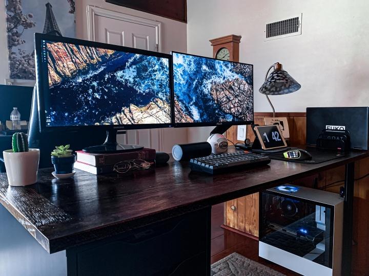 Show_Your_PC_Desk_Part207_93.jpg