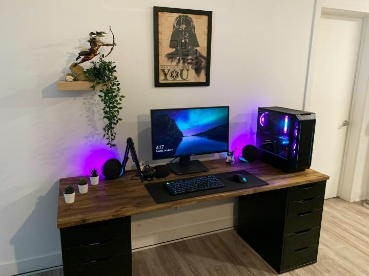 Show_Your_PC_Desk_Part208_06.jpg