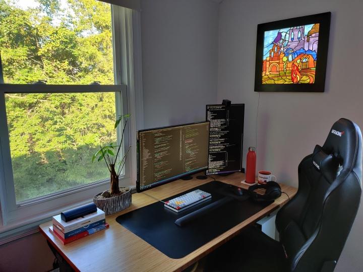 Show_Your_PC_Desk_Part208_09.jpg
