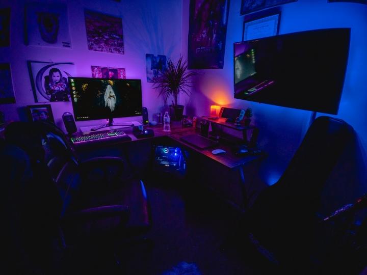 Show_Your_PC_Desk_Part208_31.jpg