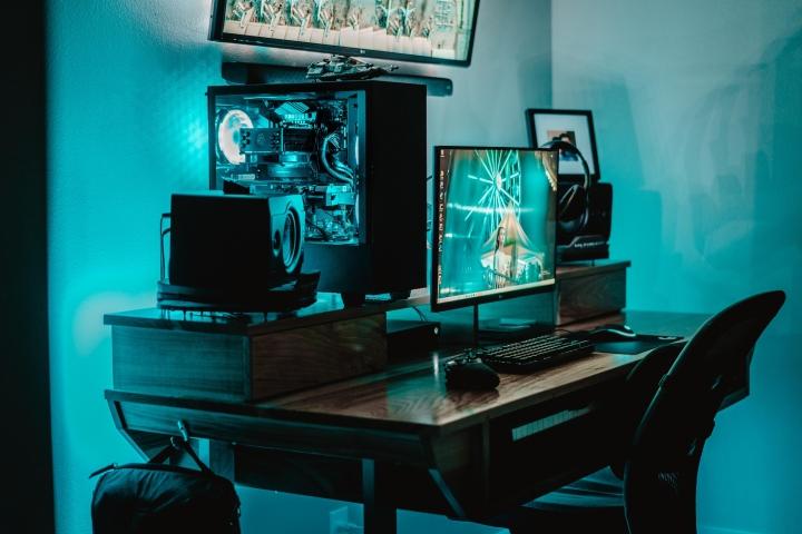 Show_Your_PC_Desk_Part208_58.jpg