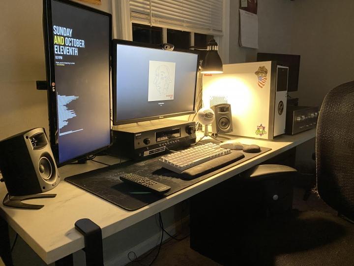 Show_Your_PC_Desk_Part208_61.jpg