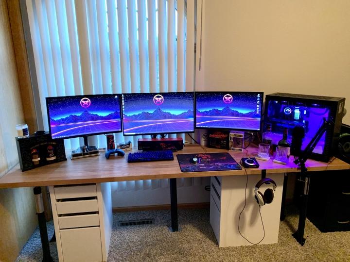 Show_Your_PC_Desk_Part208_63.jpg