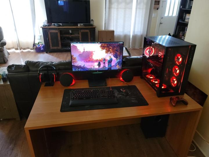 Show_Your_PC_Desk_Part208_82.jpg