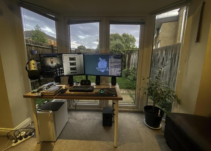 Show_Your_PC_Desk_Part208_87.jpg