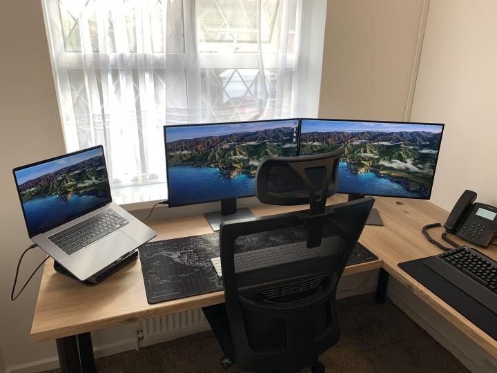 Show_Your_PC_Desk_Part208_93.jpg