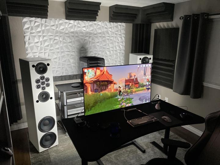 Show_Your_PC_Desk_Part208_96.jpg