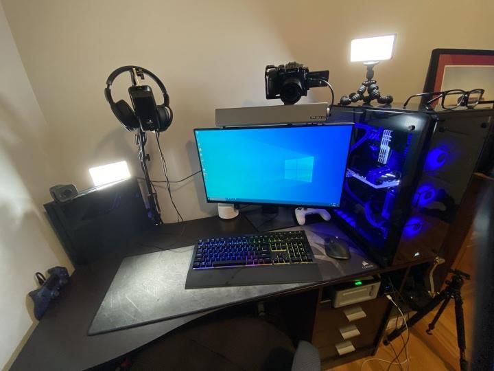 Show_Your_PC_Desk_Part211_10.jpg