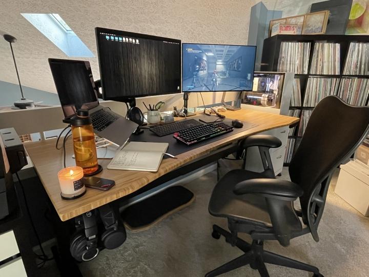 Show_Your_PC_Desk_Part211_16.jpg