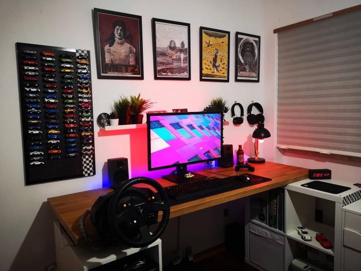Show_Your_PC_Desk_Part211_21.jpg