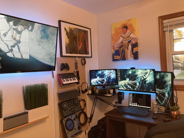 Show_Your_PC_Desk_Part211_23.jpg