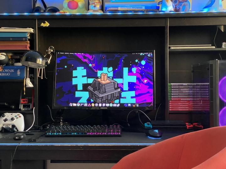 Show_Your_PC_Desk_Part211_27.jpg