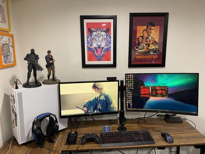 Show_Your_PC_Desk_Part211_28.jpg