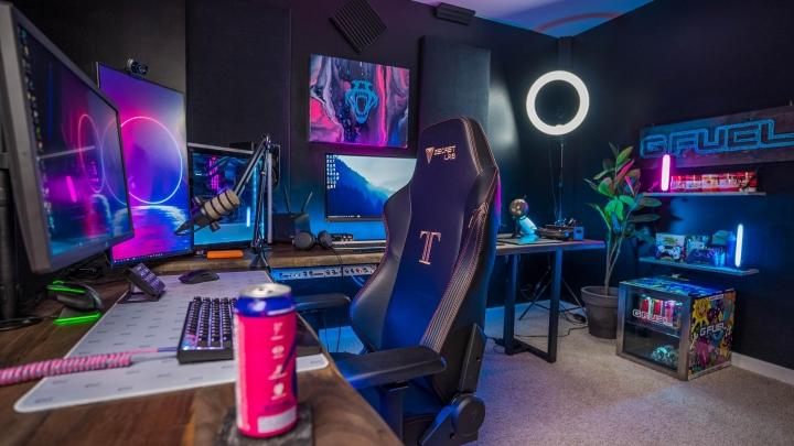 Show_Your_PC_Desk_Part211_45.jpg